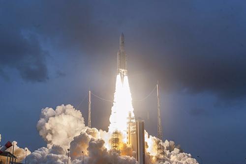 إطلاق ثاني قمر كوري جنوبي للطقس بنجاح