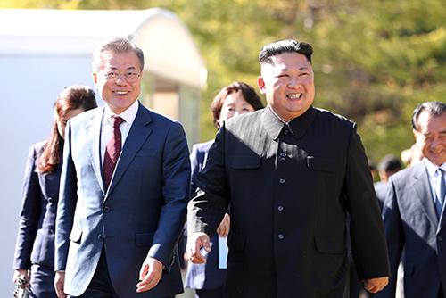 青瓦台:金正恩将难以在年内访韩