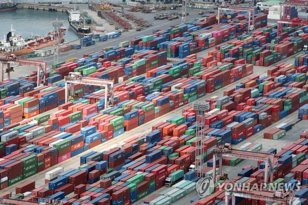 Южнокорейский экспорт может составить по итогам года 600 млрд долларов