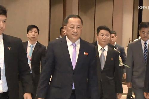 北韩外务相李勇浩6日访问中国