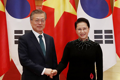 Presiden Moon Harapkan Kerja Sama Erat dengan Vietnam
