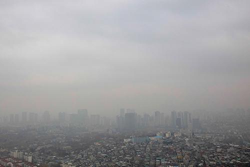 Météo : un épais brouillard recouvre la capitale
