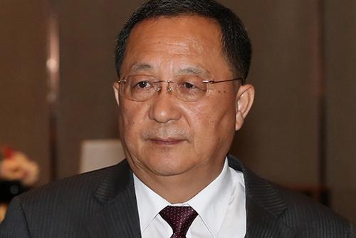 북한 리용호 외무상 베이징 떠나…8~9일 몽골 방문