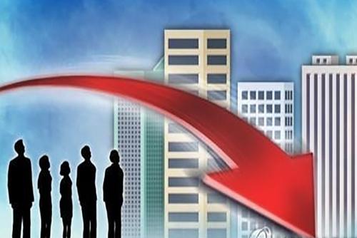 Xu hướng tăng doanh thu của các doanh nghiệp lớn chững lại
