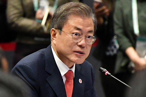 Moon Instructs Possible Gov't Measures over Death of High School Students