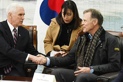 VOA: Keluarga Warmbier Tuntut Korea Utara 1,2 Triliun Won untuk Kematian Anaknya