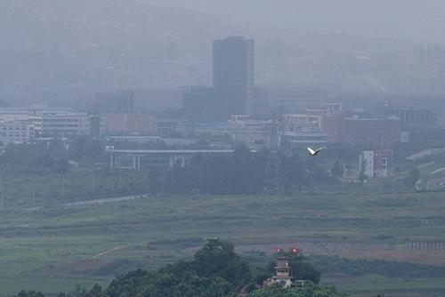 韩政府高层人士:遏止大量现金流入北韩才可豁免重启开城园区制裁