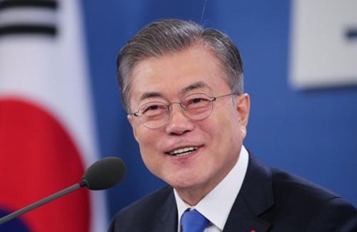 Realmeter: Рейтинг президента РК Мун Чжэ Ина восстанавливается