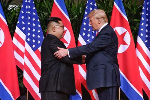 Президент США объявит дату и место саммита с лидером КНДР после встречи с представителем Пхеньяна