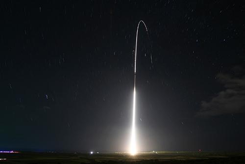 米国防総省 「北韓のミサイルは特別な脅威」