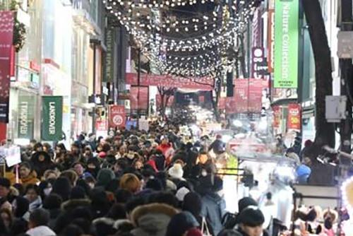 В первом квартале прошлого года Сеул посетили 3 млн иностранных туристов