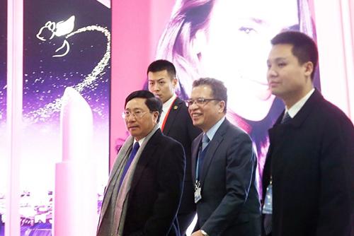 베트남 외교장관, 의전장과 평양행…'김정은 국빈방문' 논의