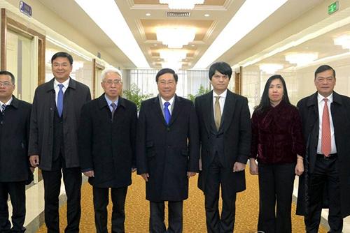 Vizeministerpräsident Vietnams kommt in Pjöngjang mit nordkoreanischem Amtskollegen zusammen