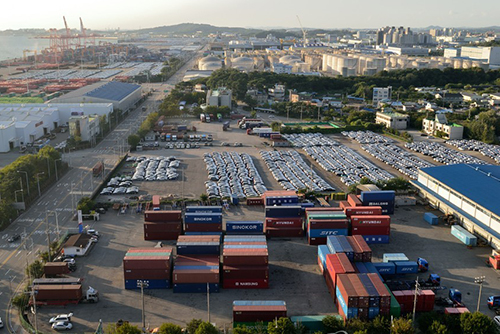 S. Korea Suffers Sharper Drop in Exports than Other OECD Members