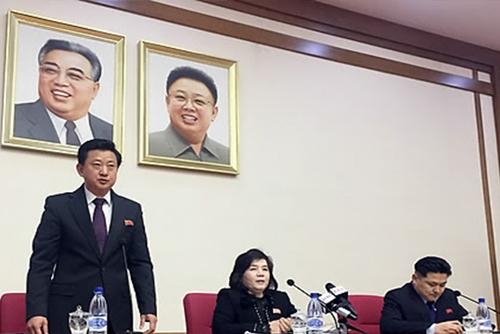 """美언론, 북 '벼랑끝 전술' 분석하면서도 """"트럼프-참모 분리 대응"""" 주목"""