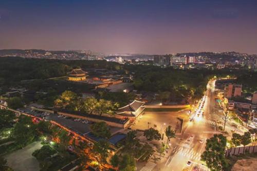 Las visitas nocturnas a los palacios de Seúl comenzarán en abril
