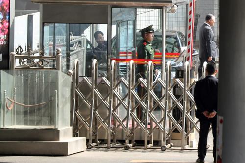 北韓の高官が訪中か 米朝接触に注目集まる