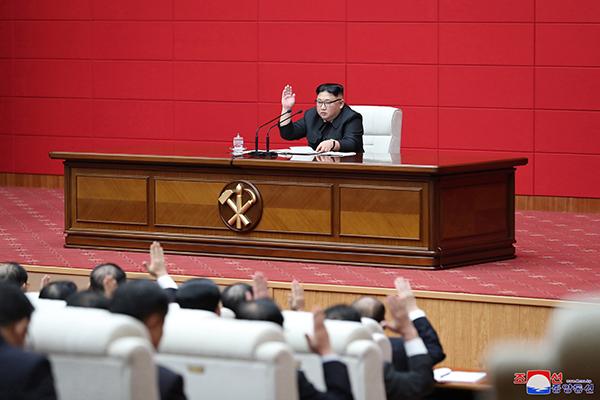 北韓の最高人民会議 金正恩氏が国務委員長に再任