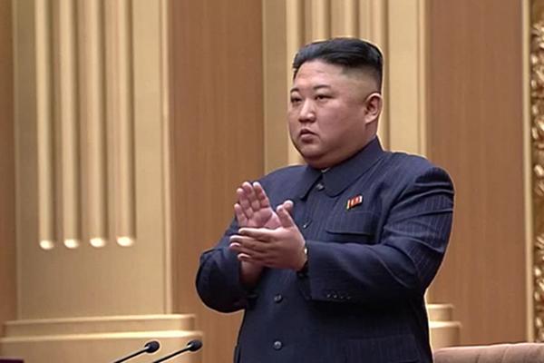 北韓 金正恩氏の軍での呼称「共和国武力最高司令官」に