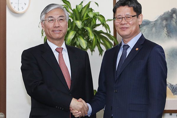 New Unification Minister Hopes for Seoul-Beijing Cooperation for Peace