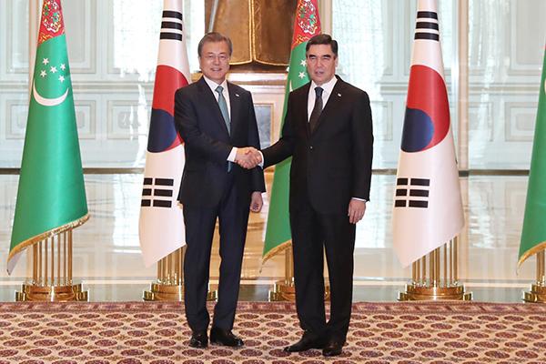 韓国・トルクメニスタン首脳会談 エネルギーなどで協力拡大