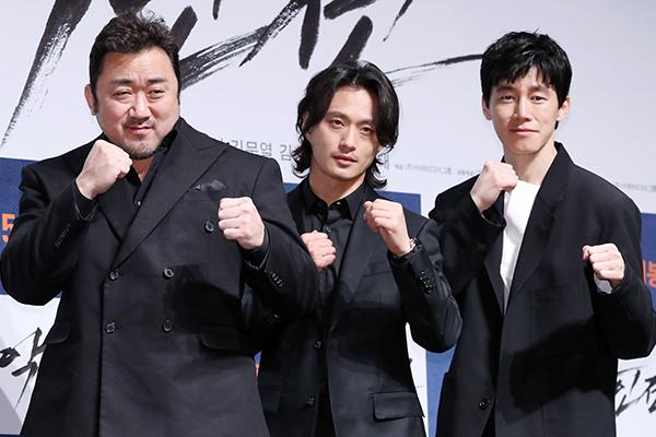 Новый южнокорейский фильм «Бандит, коп, дьявол» активно продаётся на мировом рынке