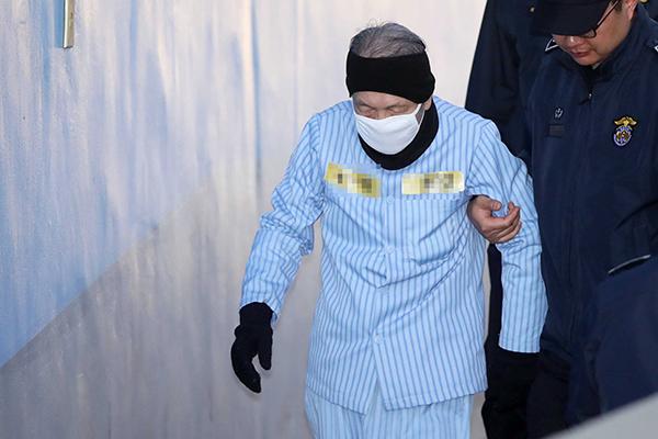 '화이트 리스트' 2심 실형 김기춘 전 비서실장, 불복해 상고