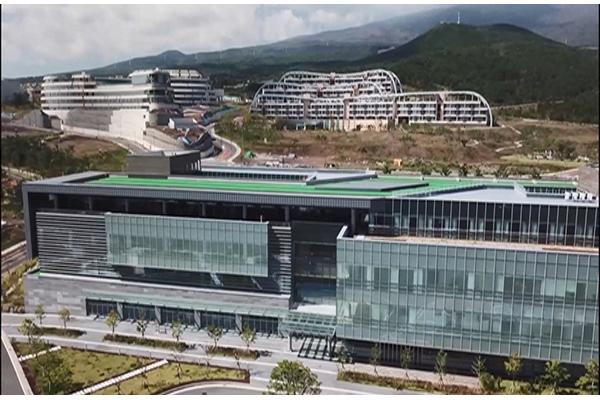 국내 첫 영리병원 '녹지국제원' 허가 취소