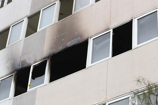 진주 아파트 방화·흉기 살인으로 18명 사상