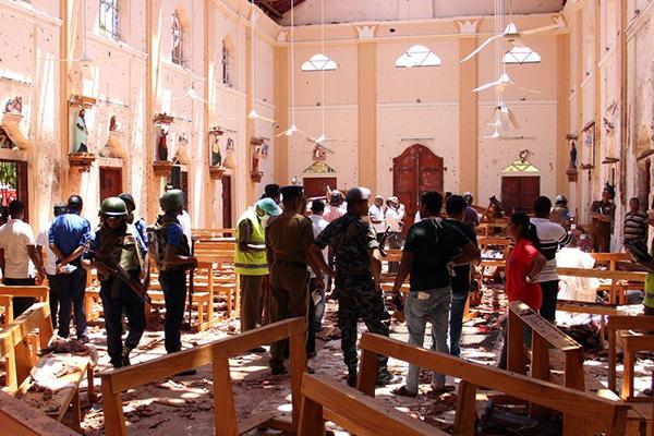 Chia buồn với Sri Lanka về các vụ đánh bom đẫm máu trong lễ Phục Sinh