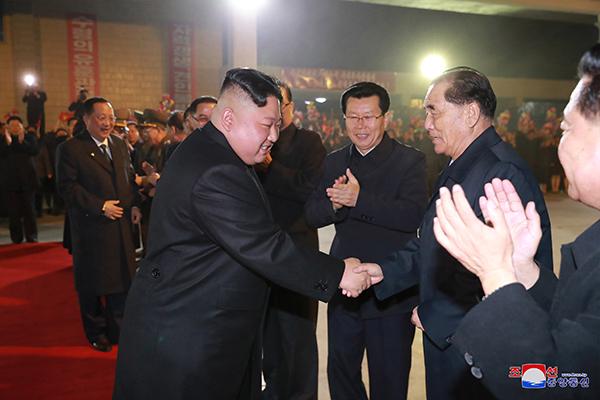 """김정은 위원장, 러시아로 출발...""""25일 북러정상회담"""""""