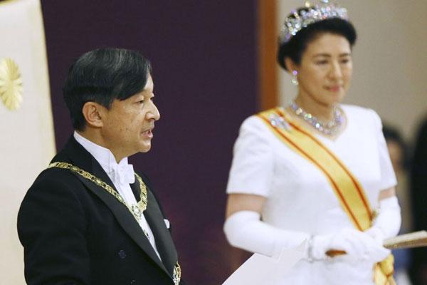 韓国外相、政府の公式呼称は「天皇」
