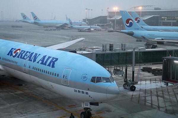 足元広い「エコノミープラスシート」廃止へ 大韓航空