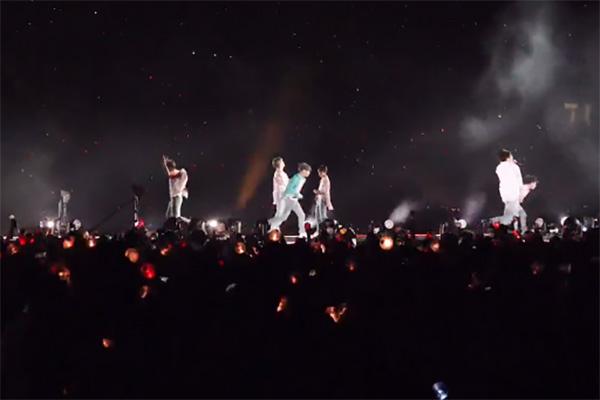 BTS Guncang Stadiun Rose Bowl AS