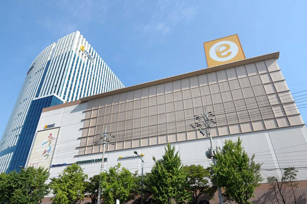 Shinsegae's Emart Confirmed to Acquire eBay Korea for 3.4 Tln Won