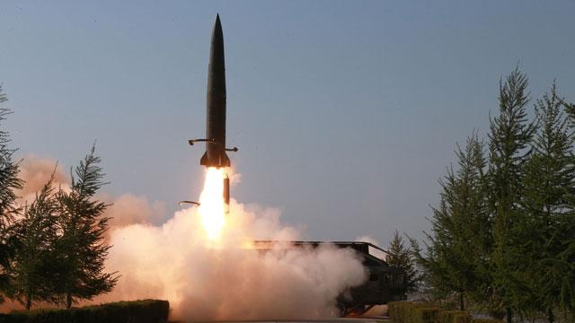 Nordkorea feuerte anscheinend ballistische Raketen ab