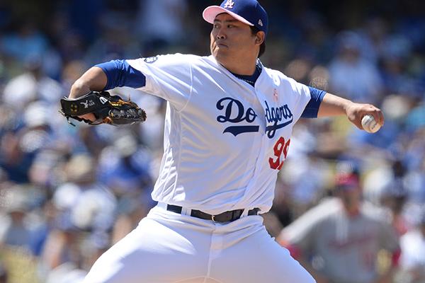 Pelempar Bisbol Ryu Hyun-jin Dodgers Raih Kemenangan Kelima di Musim Ini