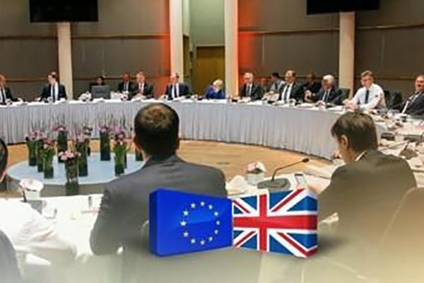 韓英 EU離脱後のFTA締結など議論