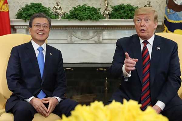 트럼프 다음달 하순 방한…문 대통령과 정상회담