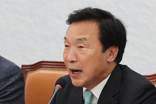 """손학규 """"계파 패권주의 굴복해 퇴진하는 일 절대 없을 것"""""""