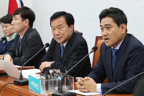 """한달 만에 모인 바른미래 최고위 충돌…오신환 """"누가 수구보수냐…물러나라"""""""