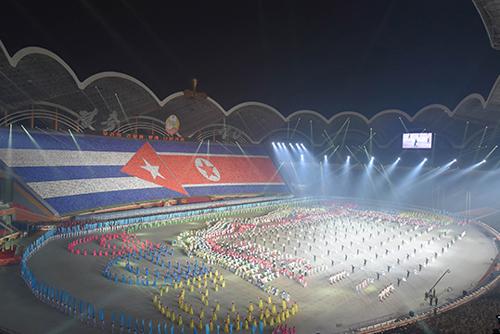"""""""북한, 올해 집단체조 제목은 '인민의 나라'…내달 첫 선"""""""