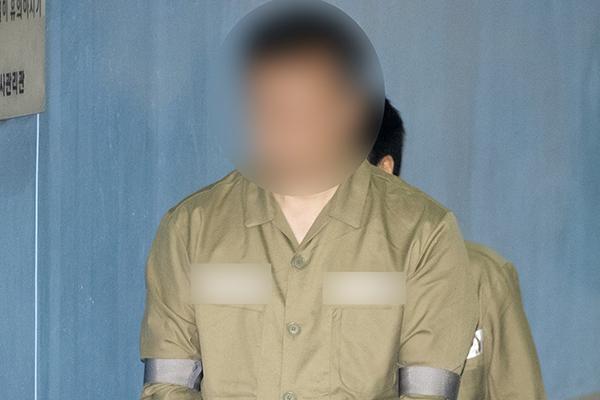 '쌍둥이 딸 문제 유출' 숙명여고 전 교무부장, 1심서 징역 3년 6개월