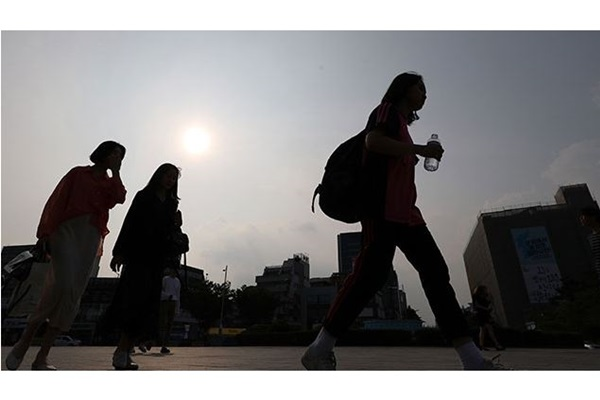 Seoul Under First Heat Wave Advisory of Year