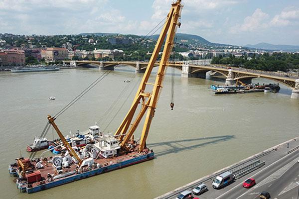 Naufrage sur le Danube : l'opération de renflouement débutera demain