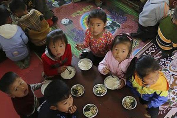 Aide humanitaire : Séoul achève un virement de 8 millions de dollars sur les comptes du PAM et de l'Unicef