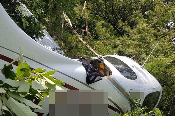 여수 야산에 훈련용 경비행기 추락…조종사 탈출·무사