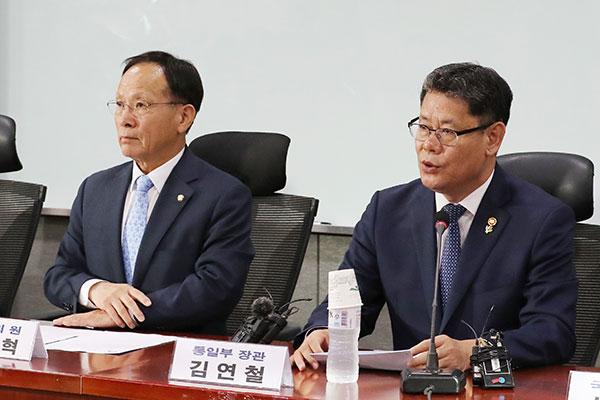 """김연철 """"남북 정상 만남 계속돼야…비핵평화 프로세스 재가동"""""""