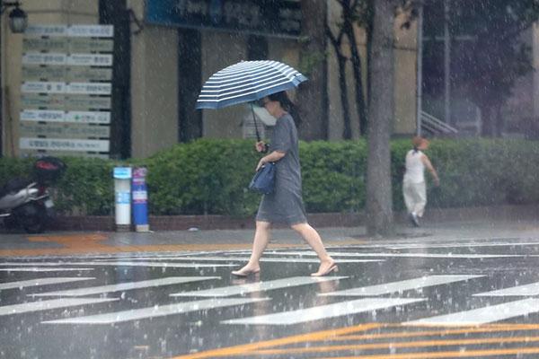 Météo : la moitié du pays sous la pluie