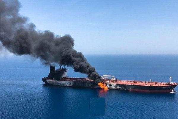 Presiden Moon Kritik Keras Serangan Kapal Tanker Minyak di Teluk Oman